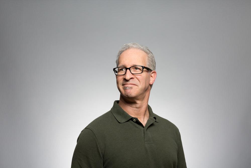 Portrait d'un responsable IT à la recherche d'un nouveau modèle financier pour son cloud : le FinOps
